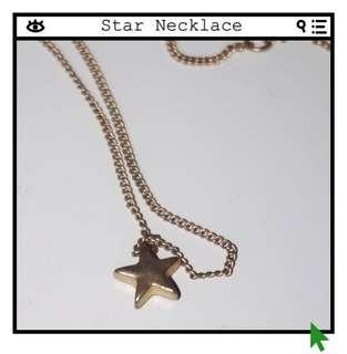 *Great Condition* Star Necklace