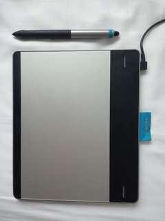 Wacom Intuos Creative Pen + Small Touch & bag
