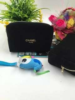 🚚 Chanel Makeup Pouch