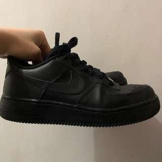 Nike Air Force (black 🖤)