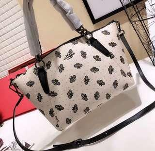 Coach Kelsey Satchel With Bee Print