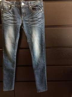 刷色 深色 牛仔褲