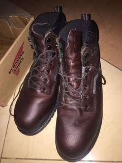 Sepatu Boots Redwings