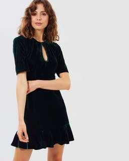 Atmos&Here Linda Velvet Dress