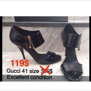 Gucci black lacquered leather heels