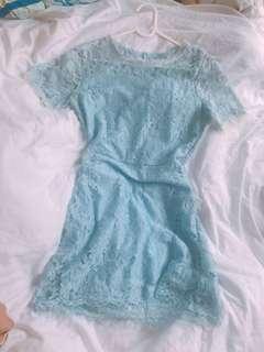 蕾絲氣質連身裙