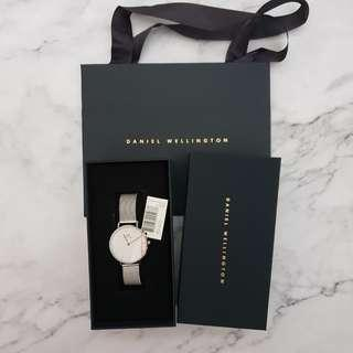 🚚 INSTOCK Daniel Wellington DW Sterling Classic Petite Watch 32mm