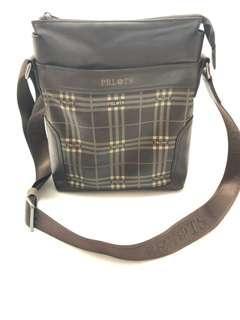 🚚 Prlots Sling bag