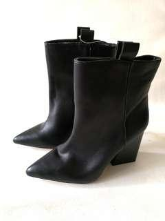 Zara Basic collection ladies boots black EU 37