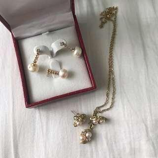 Gold plated palawan pearl earing and necklace