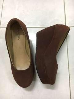 Brown Wedges in Size 36