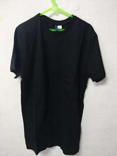 KAOS HnM DIVIDED HITAM