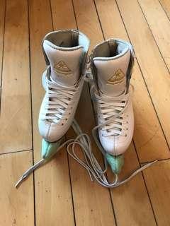 Jackson 溜冰鞋 (Size 2)