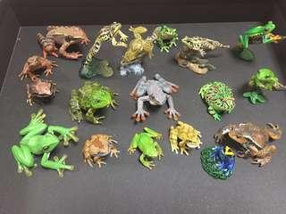🚚 Miniature ultra rare 18 Frog collection
