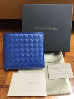 115b1f0af2a9 Guess Baldwin Park Embossed Wallet with Zip Closure