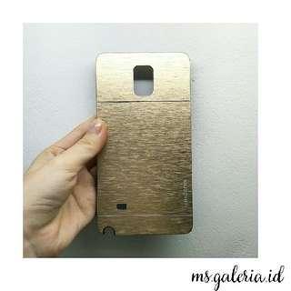 Motomo Gold Galaxy Note 4 Casing