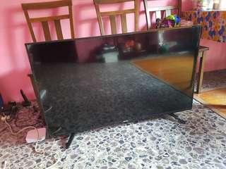 48 inch Hisense Smart TV