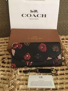 Ready stock: Coach F54022 Retro Floral Long wallet