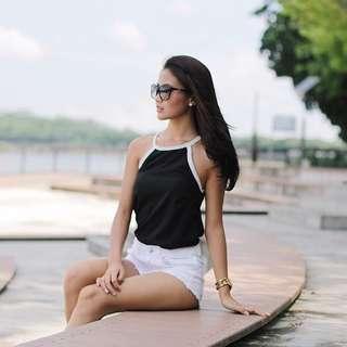 🚚 Lovet black & white contrast halter top