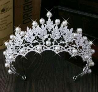 Crown mutiara
