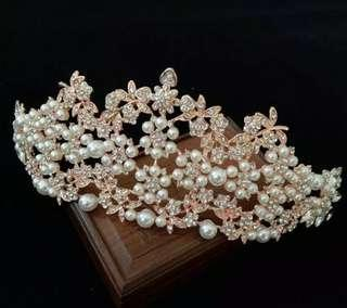 Crown cantik