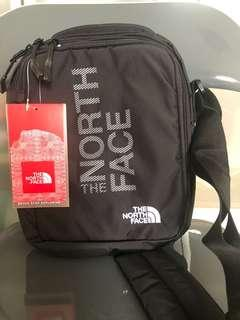 🚚 The North Face Sling Bag