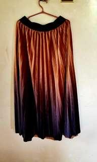 OMBRE pleated skirts