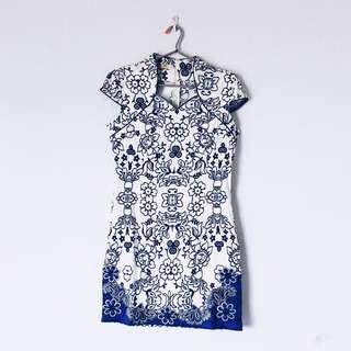 White and Blue Floral Cheongsam