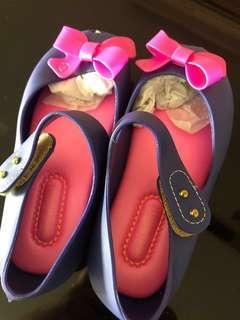 🚚 shoe