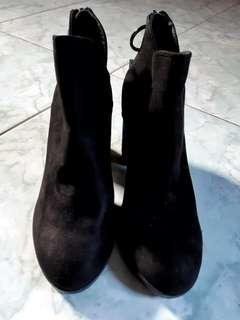 NEW!! Bershka Ankle Boots