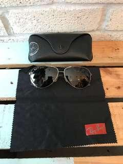 Authentic Ray Ban Polarized (Carbon Fibre)