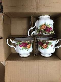 Never Used Royal Albert Old Country Roses Tea Set with 3-tier Cake Stand