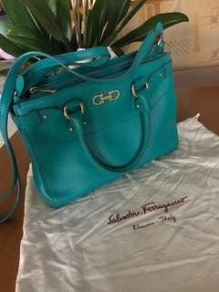 Salvatore Ferragamo handbag - Preloved