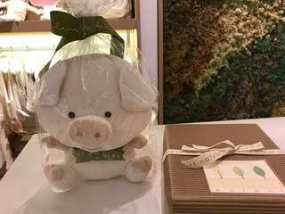 Nature's purest 豬年初生嬰兒公仔