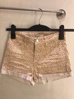 Hot pants NEW H&M XS