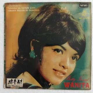 """Betty Ismail & The WANDERERS EP 7""""45 RPM SINGAPORE Malaysia"""