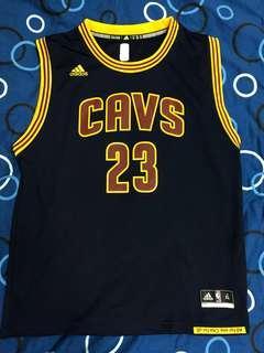 🚚 NBA LeBron James 球衣 青年版