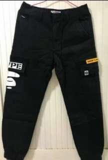 正品AAPE薄款工作褲M原價3740(bape、CK、AX、polo可參考)