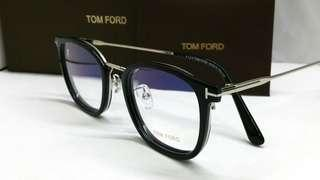 🚚 Authentic Tom Ford spectacles eyewear TF5568K Silver