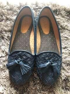 PLA Flat Shoes with Tassel