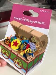🚚 Disney Toy Story Earrings