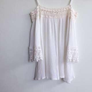Acewin Off Shoulder Lace Top in white
