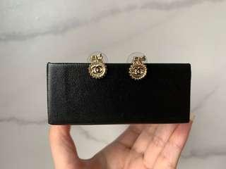 Chanel gold medallion CC earring ear studs