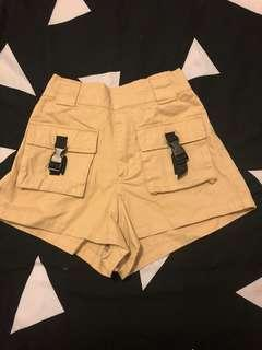 Multi pocket shorts