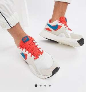 Nike Pantheos Trainers in White