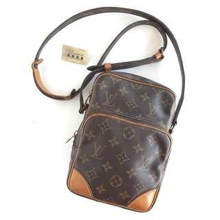 Authentic Louis Vuitton Amazon Slingbag Made In France Tinggi 21cm x Lebar 15cm Good Condition Rm1170 Cod Kota Bharu Datecode Inside http://www.wasap.my/60104550163