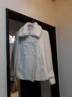 🚚 《賠本清衣櫃》 專櫃名品 可愛又氣質 短版大衣