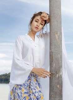 Lily Aouly white kimono top