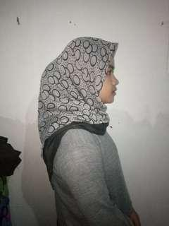 hijab square motif abu