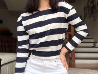 🚚 Striped Top, slightly cropped